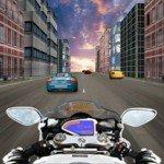 Игра Маневрирование на мотоцикле среди машин